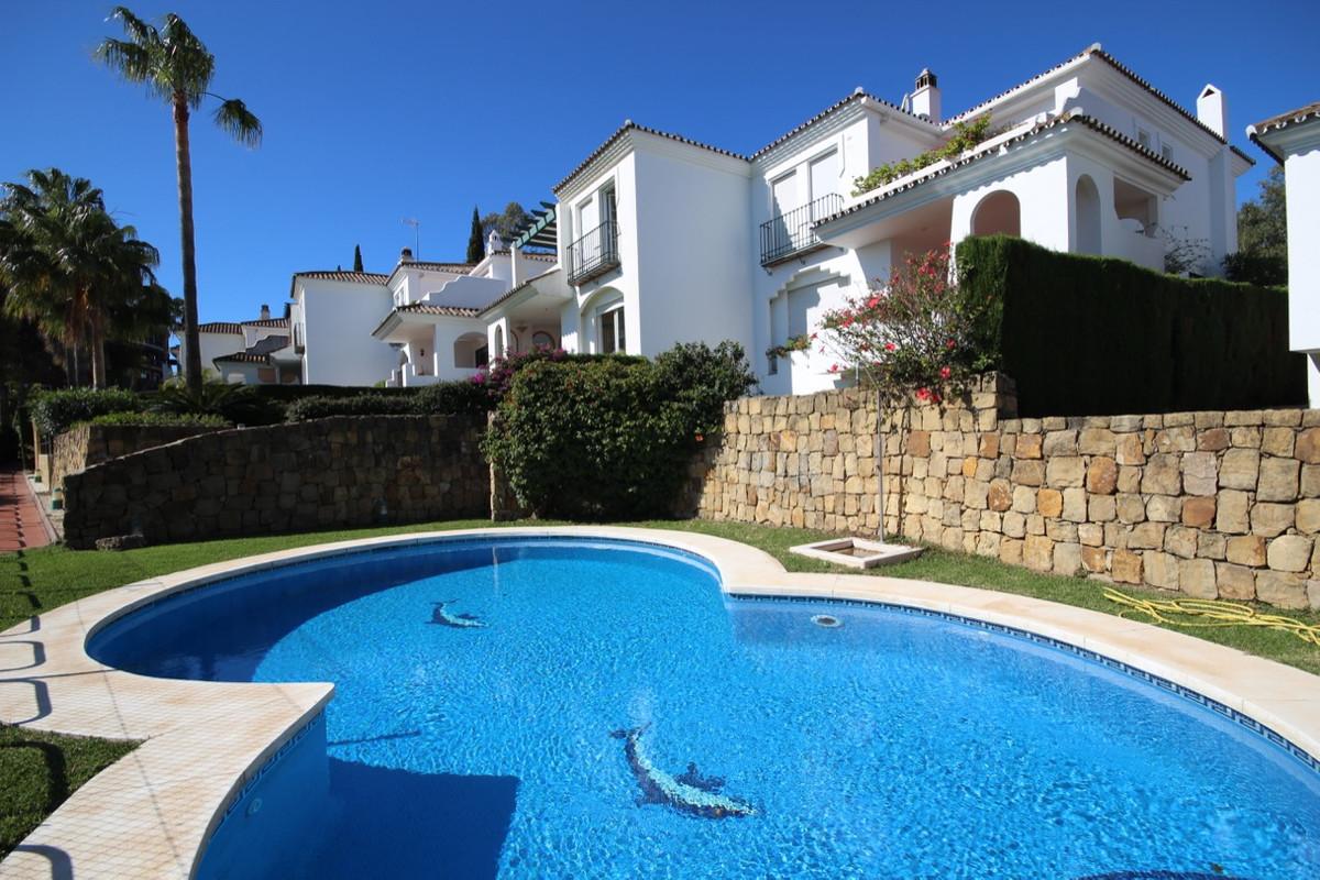 Townhouse Terraced for sale in Guadalmina Alta, Costa del Sol