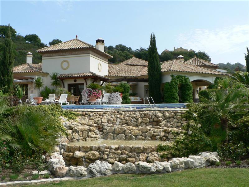 Villa, Detached  for sale    in La Zagaleta