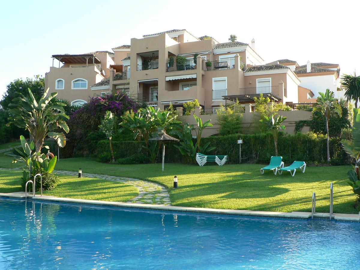 Apartment  Ground Floor  for sale   in Guadalmina Alta