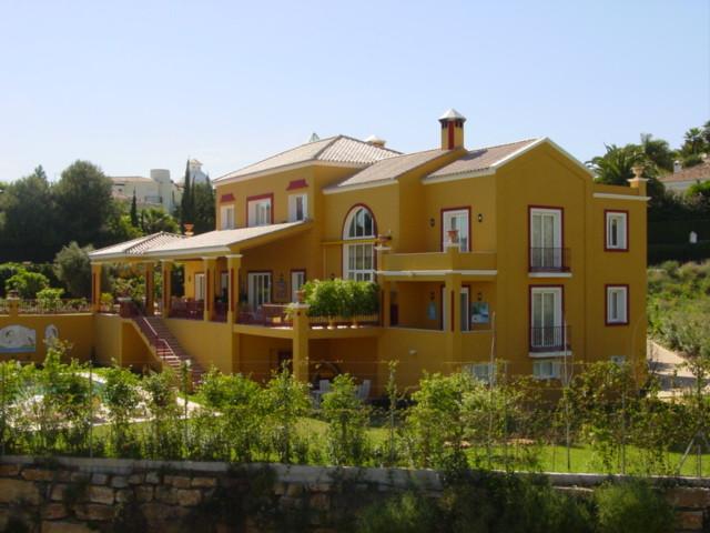 Villa, Independiente  en venta    en El Paraiso