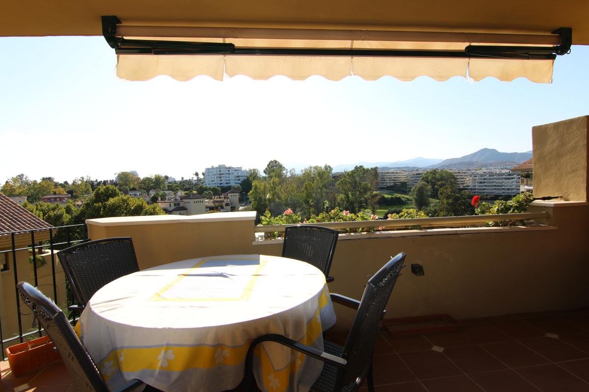 Apartment Penthouse for sale in Guadalmina Alta, Costa del Sol