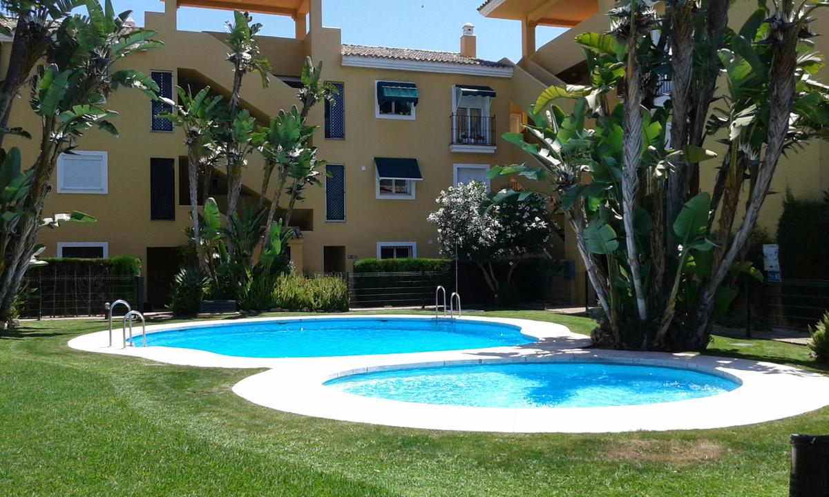 Apartment, Ground Floor  for sale    in Guadalmina Baja