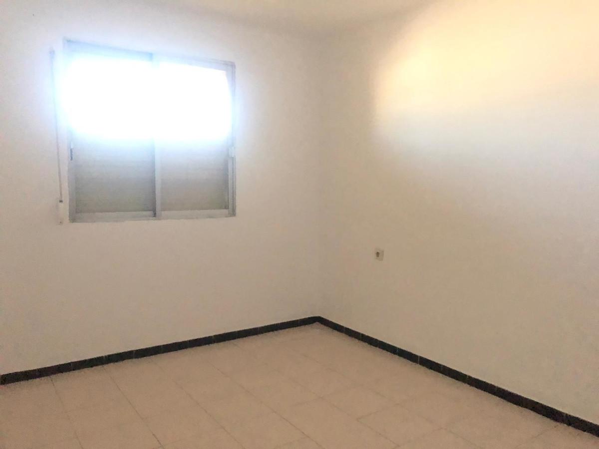 Apartment in Dragonera de Palma Son Dameto street with 3 bedrooms, bathroom, kitchen, utility room, ,Spain