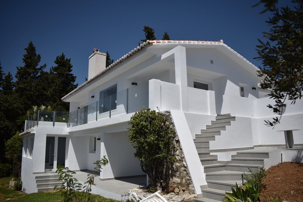 Detached Villa for sale in Mijas