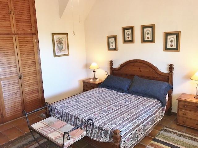 Villa con 6 Dormitorios en Venta Mijas