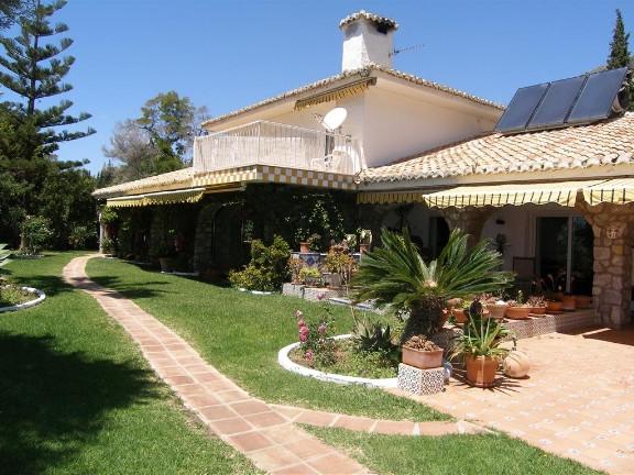 Villa Finca 18 Dormitorio(s) en Venta Mijas