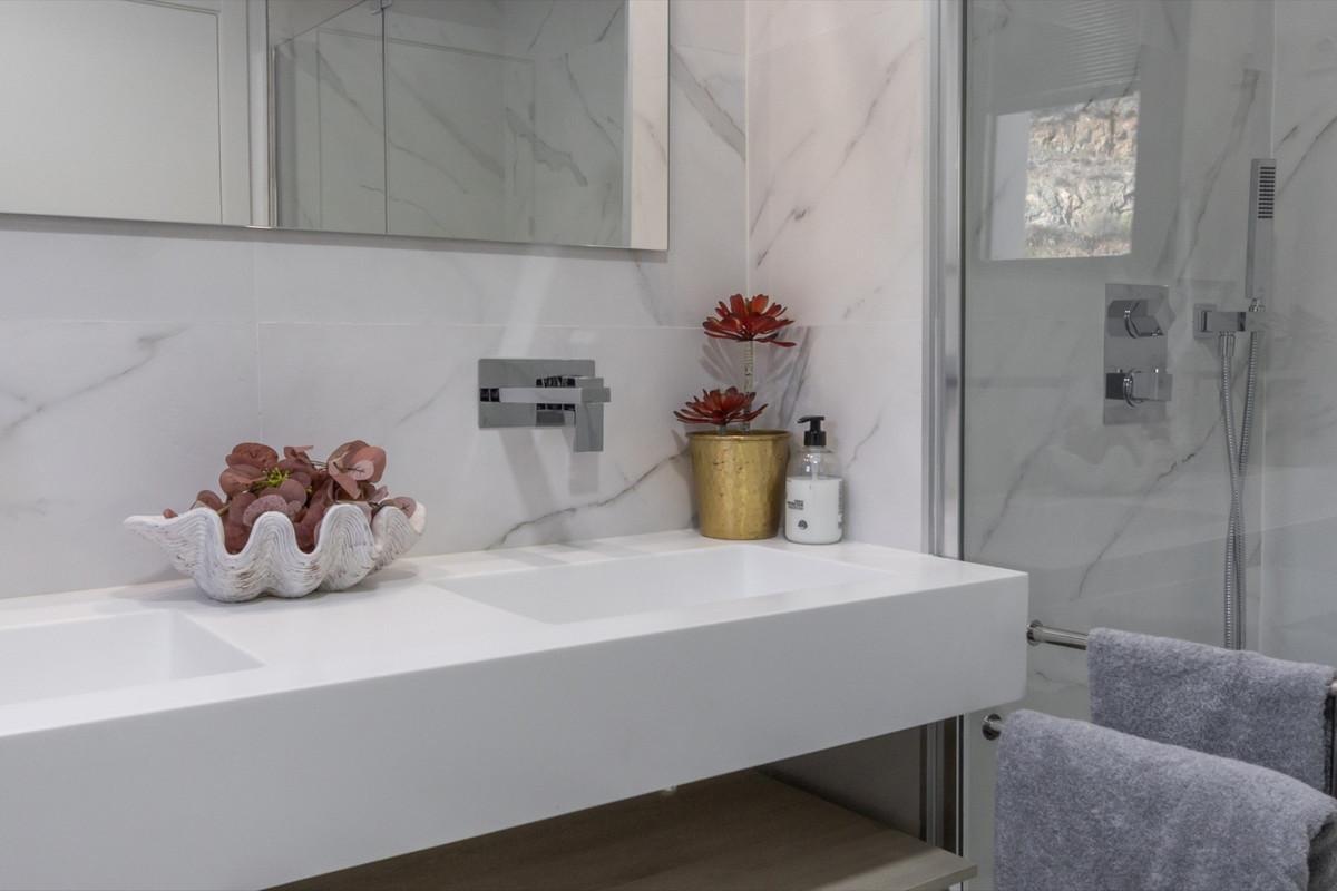 Apartment in Benahavís R3304603 11
