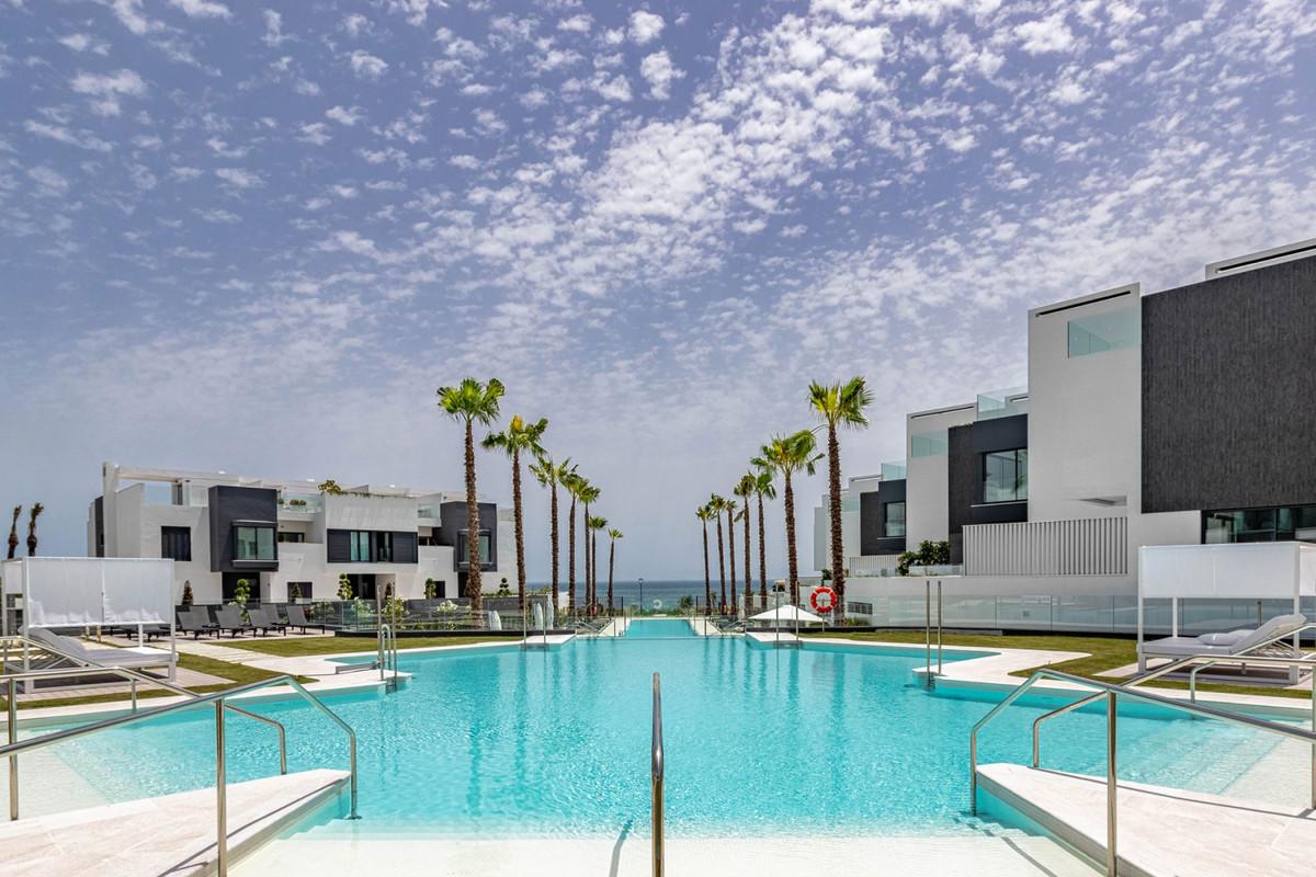 Villa Terraced Estepona Málaga Costa del Sol R3258211