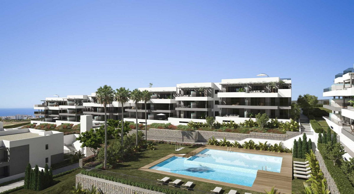 Apartment in Estepona R3361912 2