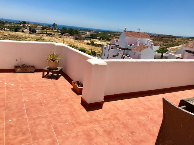 Amazing Penthouse in Valle Romano with a circular 75m2 terrace !! Panoramic views to the Sea, Golf, ,Spain