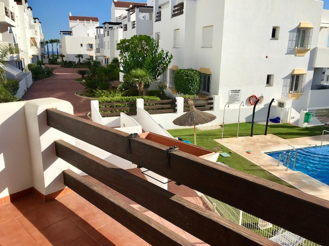 R3241210: Apartment for sale in Estepona