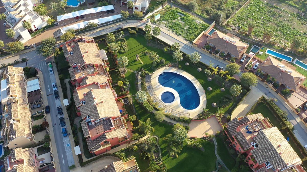 Penthouse, Cancelada, Costa del Sol. 4 Bedrooms, 3 Bathrooms, Built 154 m², Terrace 91 m².  Setting ,Spain
