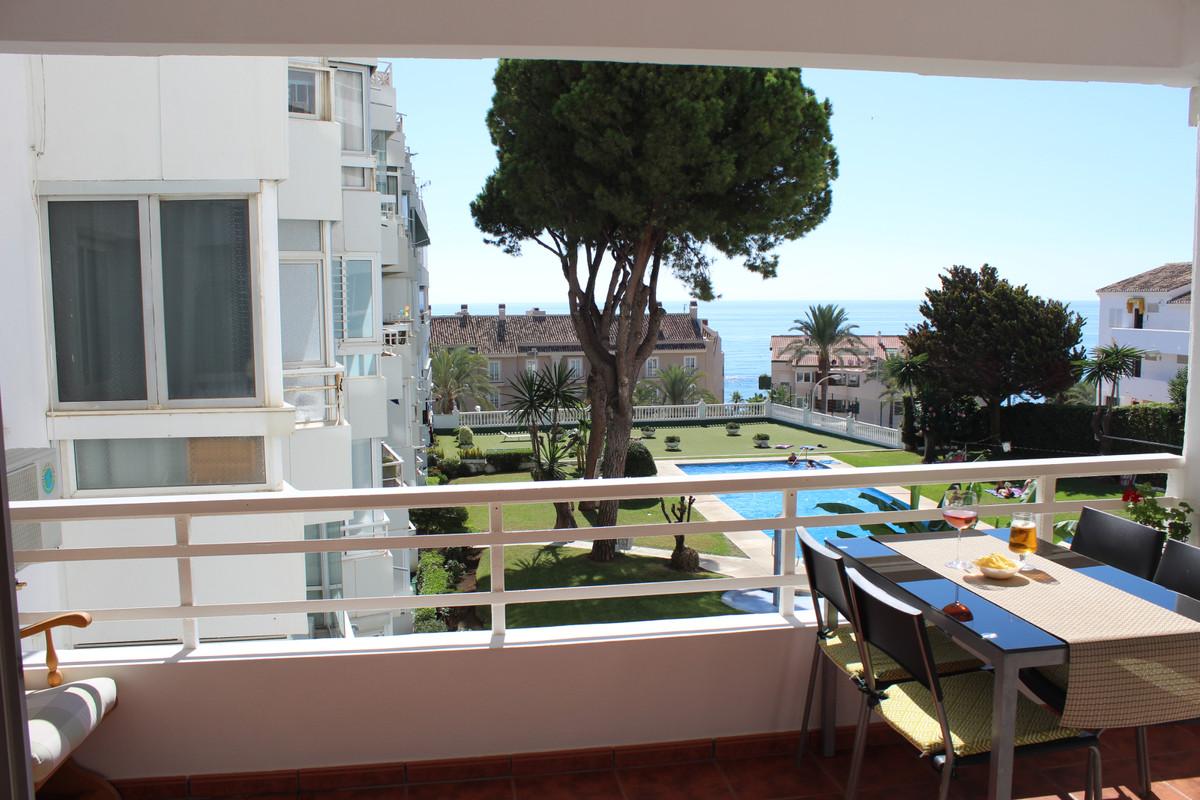 Fantastic 1 Bedroom with Sea views -100 metres walking distance to the Beach.   Fantastic 1 bedroom ,Spain