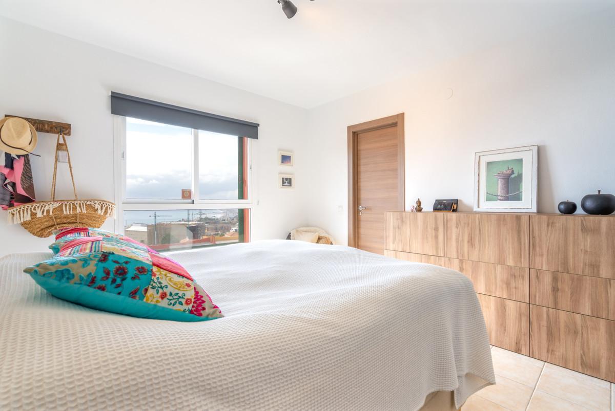 Unifamiliar con 4 Dormitorios en Venta Benalmadena Costa
