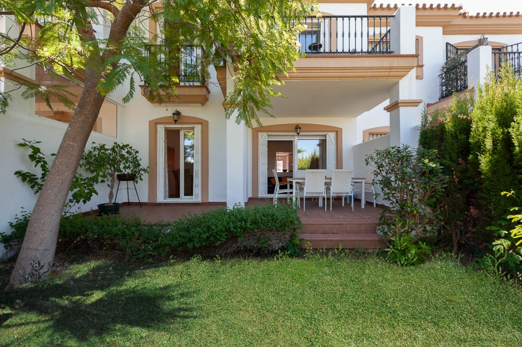 Fabulous townhouse situated in the sought after urbanization of Alhaurin golf. On the main entrance,,Spain