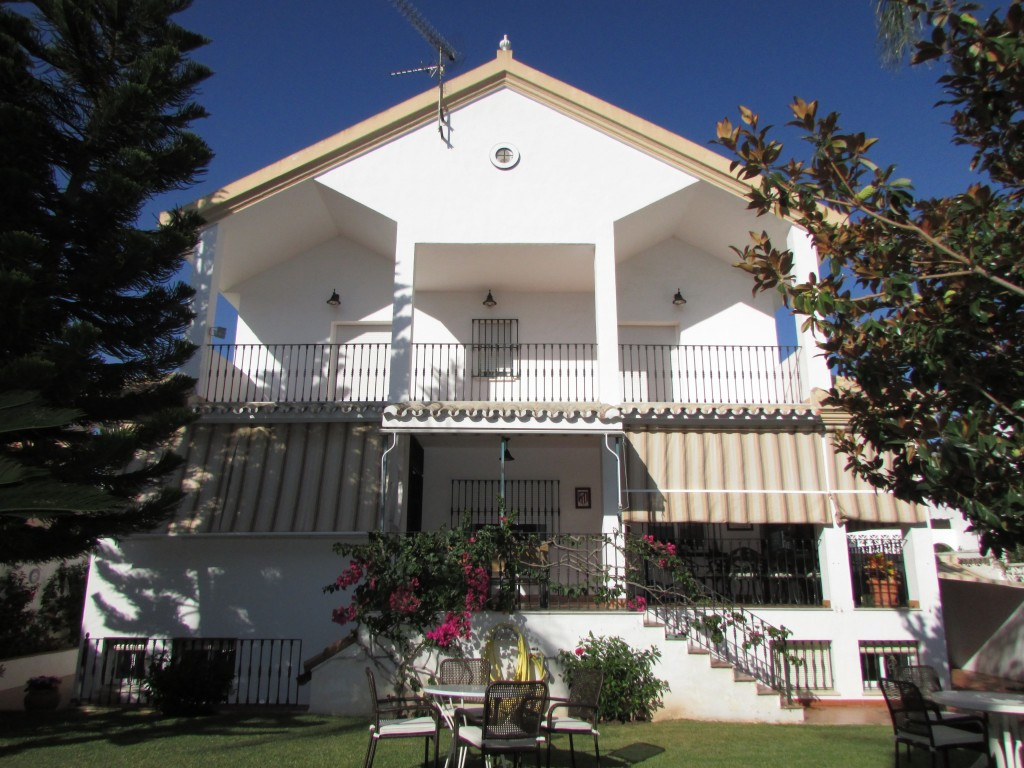 Detached Villa for sale in Marbella R2278379