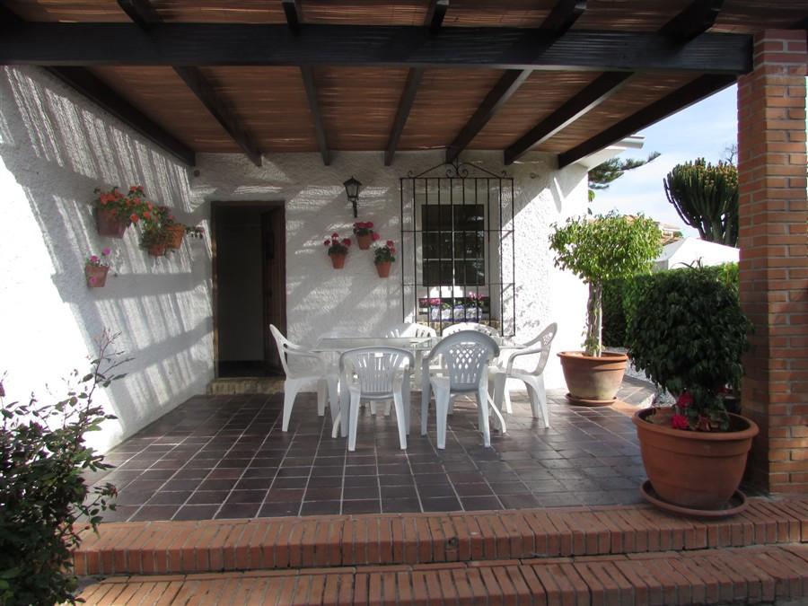 Villa i Torremolinos R2411912