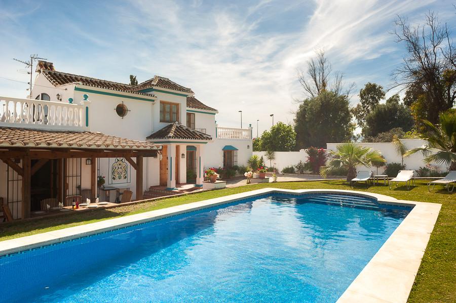 Villa - Chalet en venta en Marbella R2899589