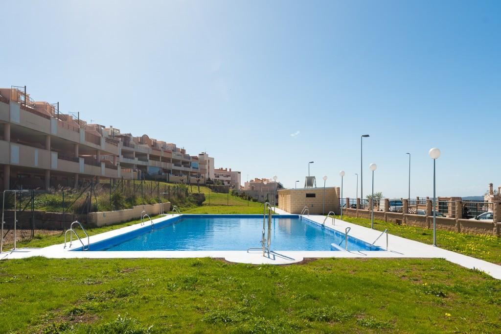 Apartament na parterze na sprzedaż w Casares R3404200