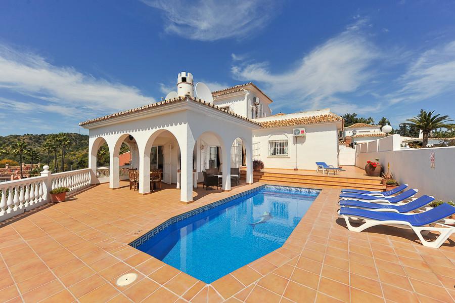 Freistehende Villa in Calahonda R3241411