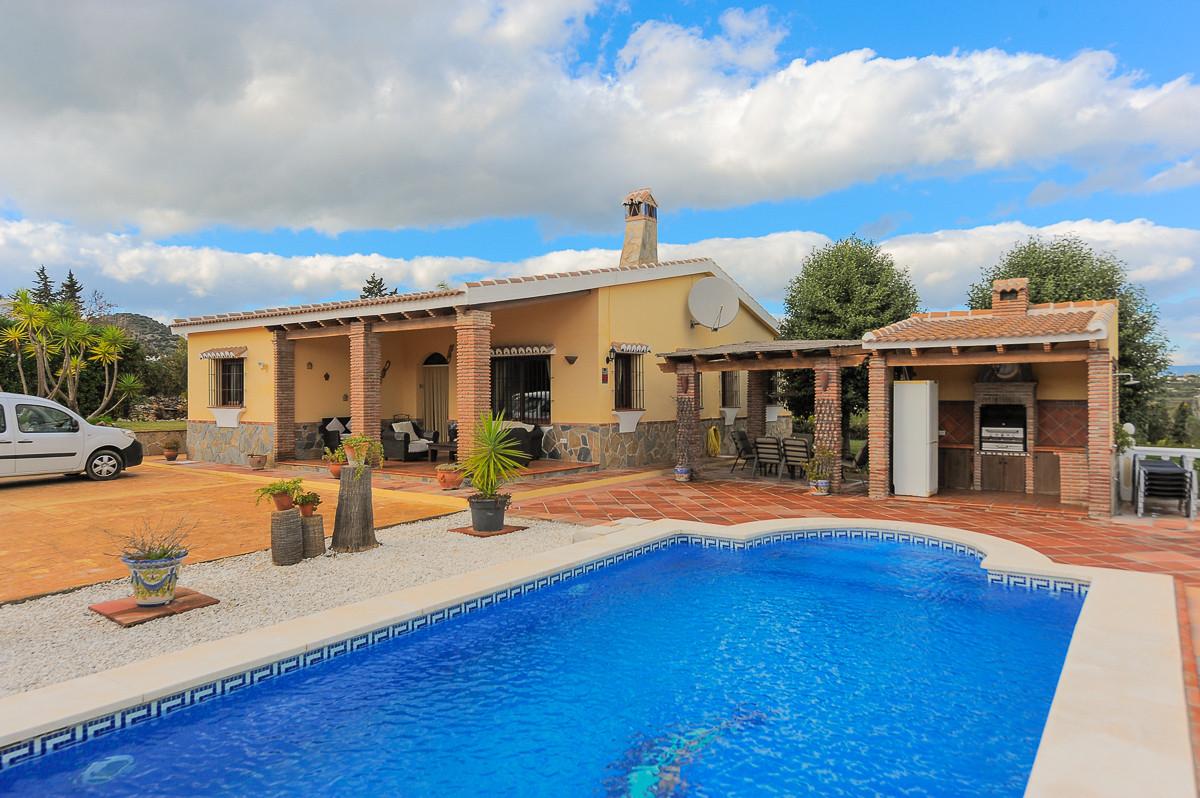 Finca for sale in Alhaurin el Grande