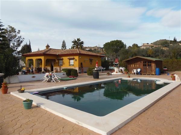 Villa 3 Dormitorios en Venta Málaga