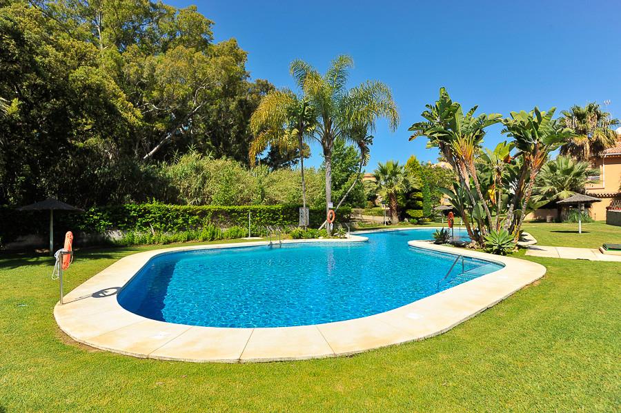 Apartment Penthouse Las Chapas Málaga Costa del Sol R3536452 6