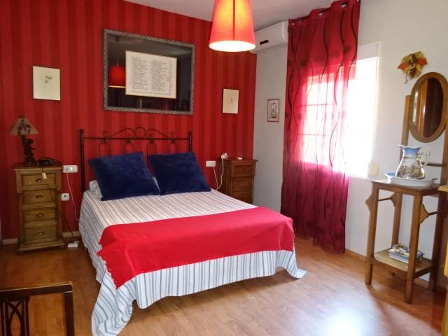 6 Bedroom Villa for sale Málaga