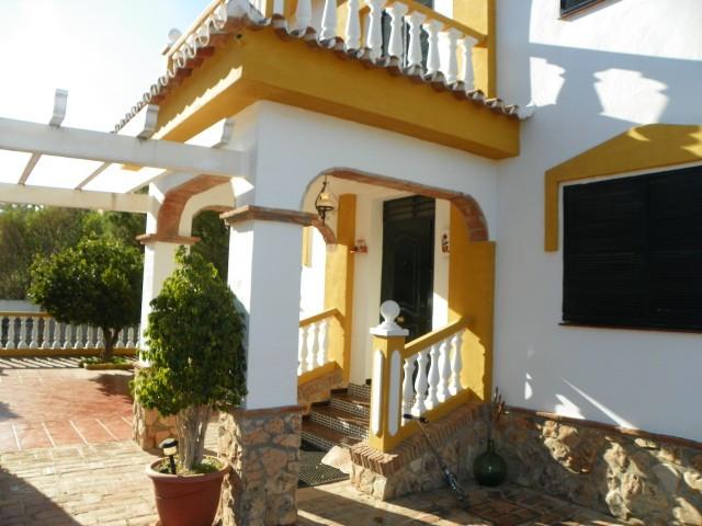 House in Alhaurín de la Torre R2376671 8