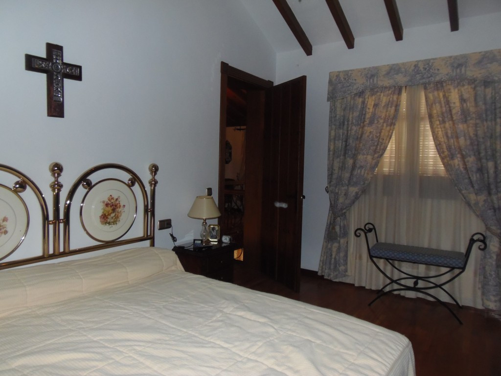 House in Alhaurín el Grande R2876318 10