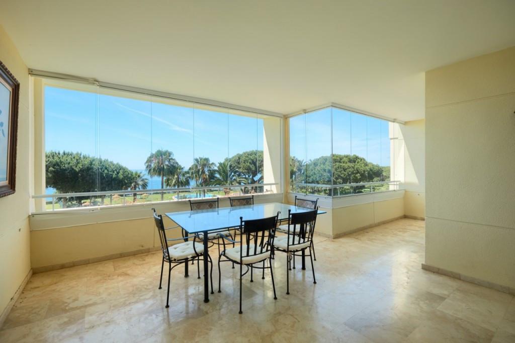Apartment for sale in Cabopino - Marbella East Apartment - TMRO-R3461989
