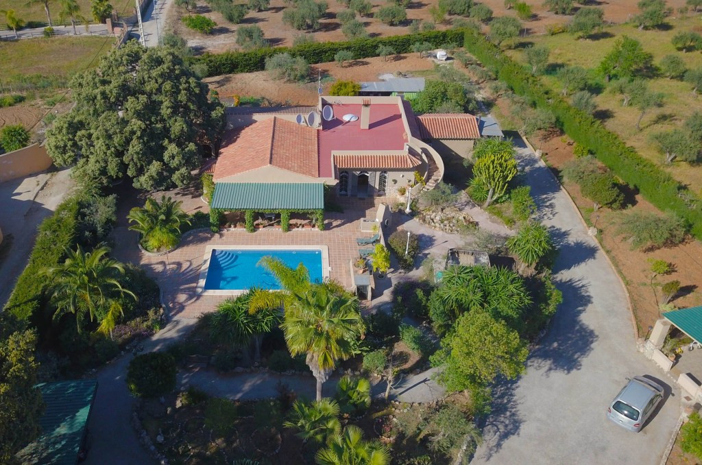 Fantastic finca near the town of Alhaurin el Grande, in one of the most sought-after and prestigious,Spain
