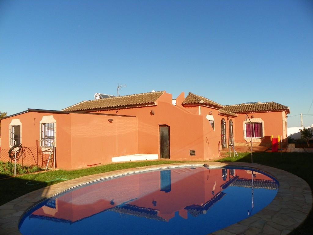 House in Alhaurín de la Torre R2327360 1