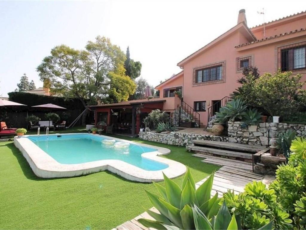 Villa zu verkaufen in Málaga R3205927