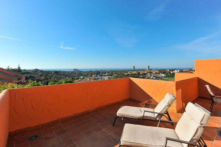 Penthouse for sale in Elviria - Marbella East Penthouse - TMRO-R3118321
