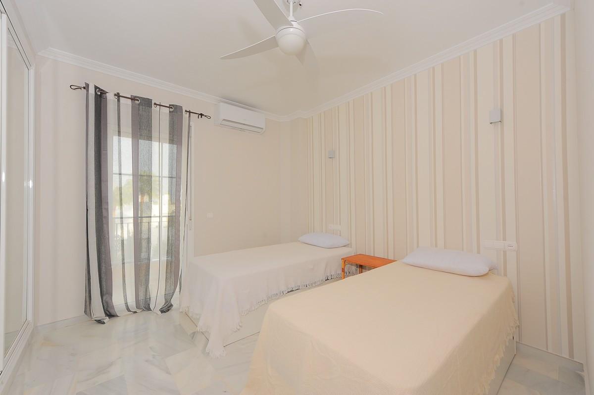 R3301084: Apartment for sale in Estepona
