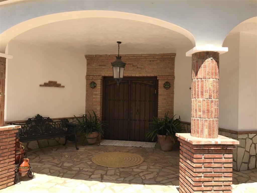 House in Alhaurín de la Torre R3233944 16