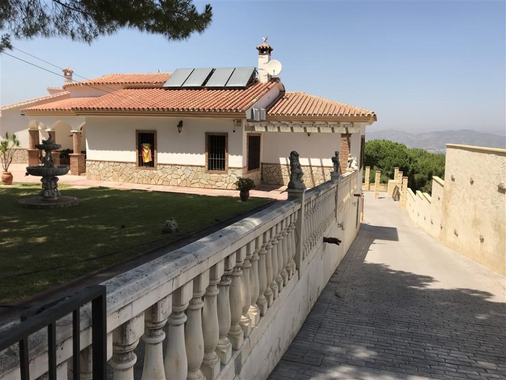 House en Alhaurín de la Torre R3233944 18