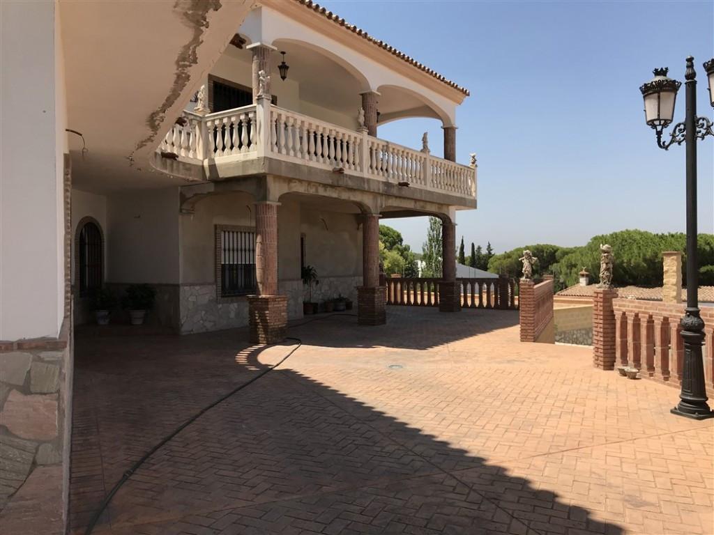 House in Alhaurín de la Torre R3233944 19