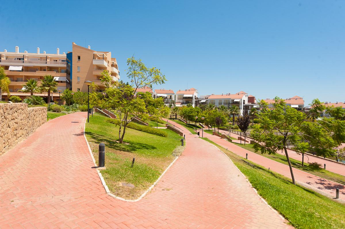 Apartment en Alhaurín de la Torre R3468223 21