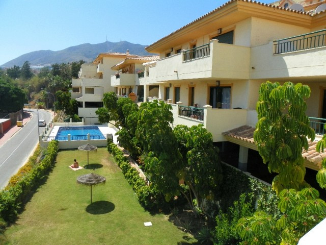 Originally listed for 217,000€ and recently reduced to 190,000€. Fantastic 2 bedroom apartment locat,Spain