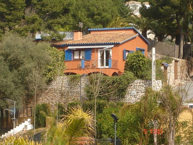 Detached Villa for sale in Benalmadena R116052