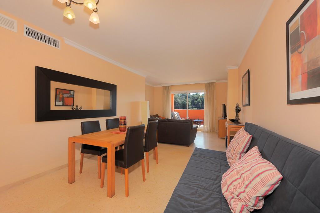 Apartment Ground Floor Marbella Málaga Costa del Sol R3219547 3