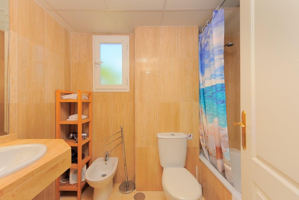Apartment Ground Floor Marbella Málaga Costa del Sol R3219547 5