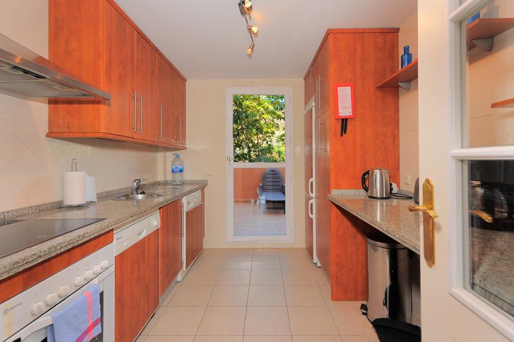 Apartment Ground Floor Marbella Málaga Costa del Sol R3219547 6
