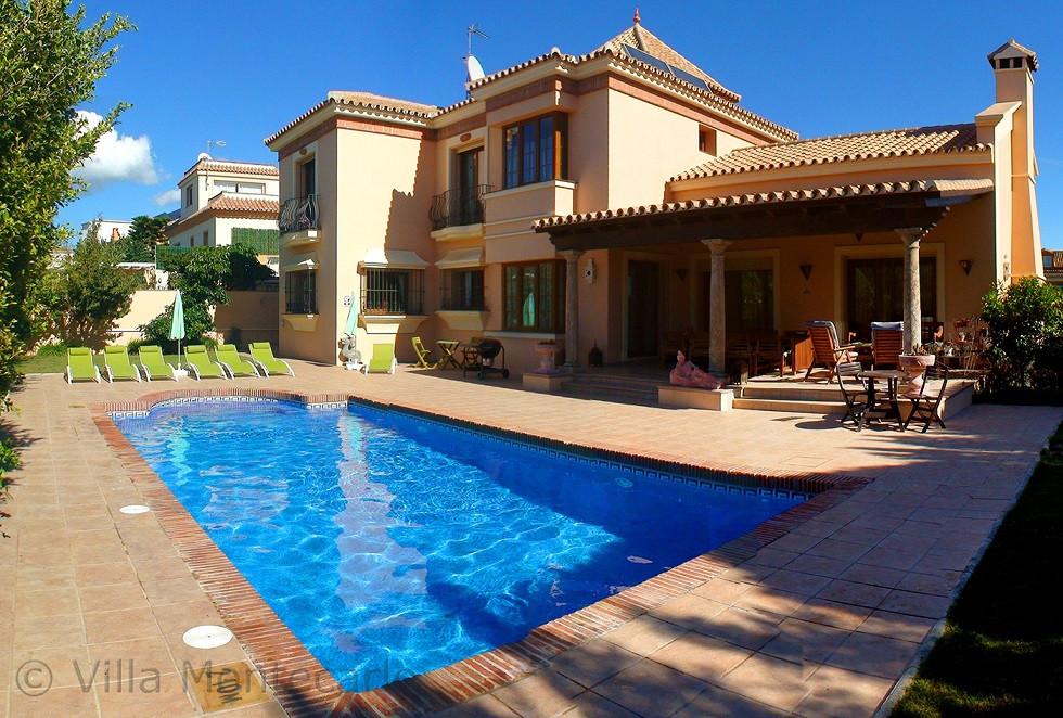 Detached Villa for sale in Marbella R2323217