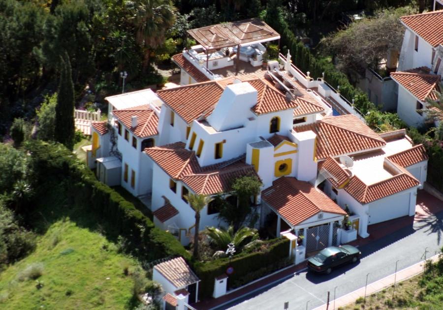 Villa for sale in Nueva Andalucia - Nueva Andalucia Villa - TMRO-R540621