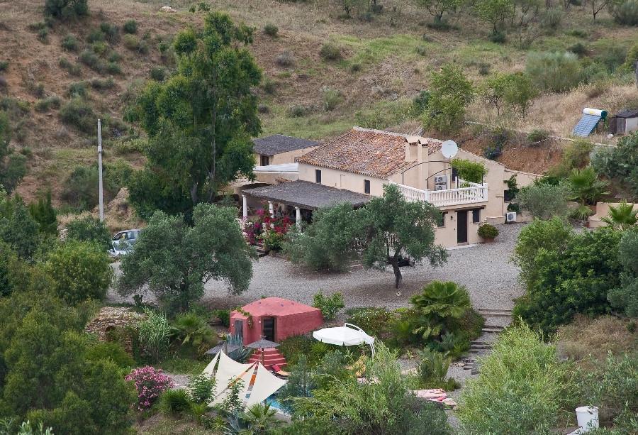 Villa  Finca for sale   in Pizarra