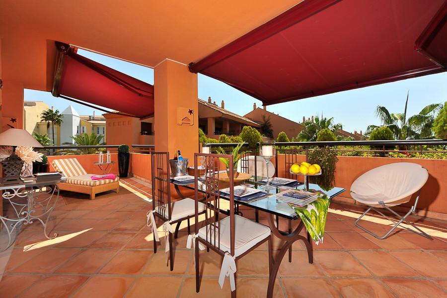 Appartement Mi-étage à Bahía de Marbella R2983211