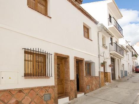 3 bedrooms Townhouse in Alozaina